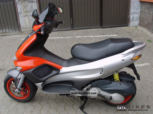 2003 gilera runner fx 125 2 stroke top condition. Black Bedroom Furniture Sets. Home Design Ideas