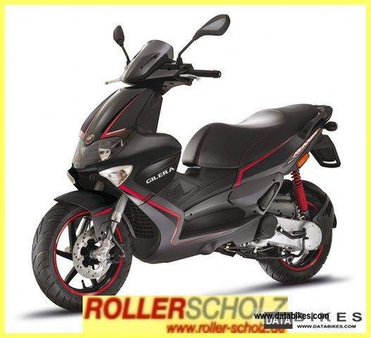 2011 Gilera  Runner 50 Purejet current model! Delivery bu Motorcycle Scooter photo