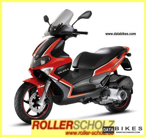 2011 Gilera  Runner 200 ST current model hatchback Motorcycle Scooter photo