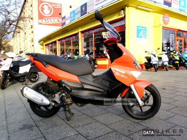 2009 Gilera  Runner 125 nationwide delivery Motorcycle Scooter photo