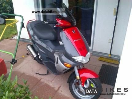 2000 Gilera  Runner 180 FXR DD Motorcycle Scooter photo