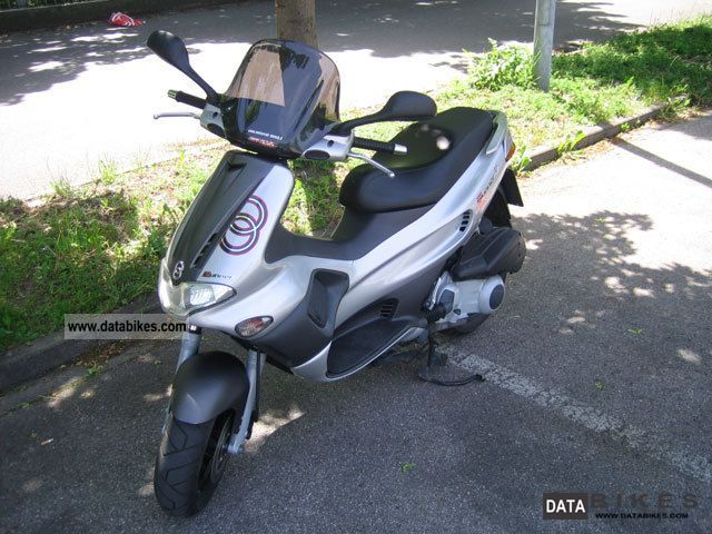 2005 Gilera  runner 200 vxr Motorcycle Scooter photo
