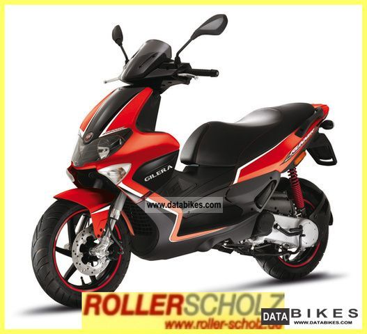 2011 Gilera  Runner 50 SP 25km/h-Mofa current model Motorcycle Scooter photo