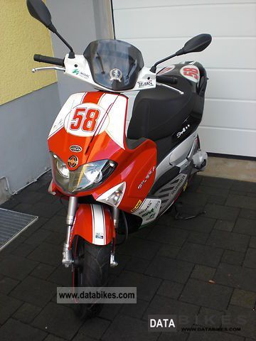 Gilera  Runner 50 sp Simoncelli 2010 Scooter photo
