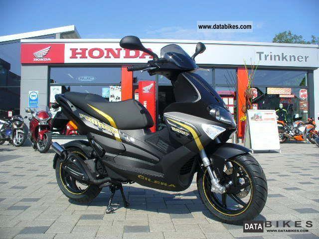 2011 Gilera  Runner 50 SP ** Black Soul ** Motorcycle Scooter photo