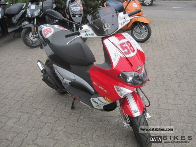 2011 Gilera  Runner 50 SP Simoncelli delivery nationwide Motorcycle Scooter photo