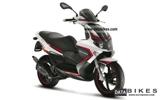 2011 Gilera  RUNNER 125 ST!! FAST FOR FREE!! Motorcycle Scooter photo