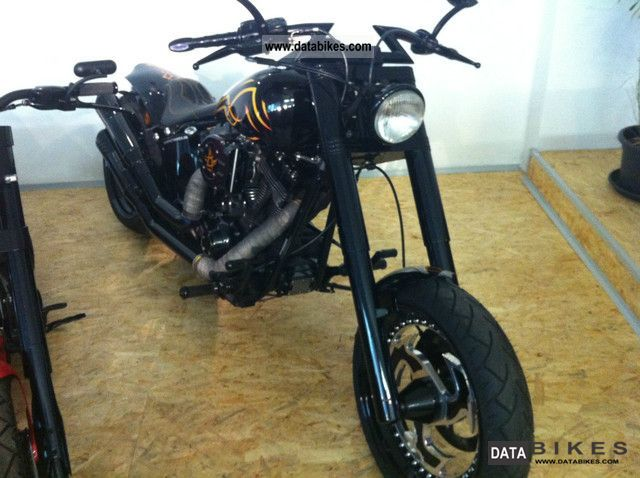 2001 Harley Davidson  Twin Cam Night Train bike forged South Motorcycle Chopper/Cruiser photo