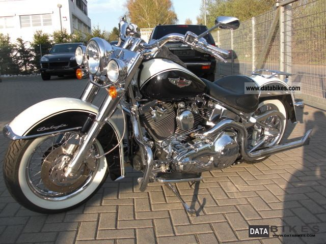 2005 Harley Davidson  Heritage Softail Deluxe Motorcycle Motorcycle photo