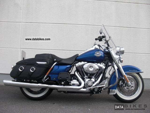 2010 Harley Davidson  FLHRC Road King Classic 2010 * ABS * Motorcycle Tourer photo
