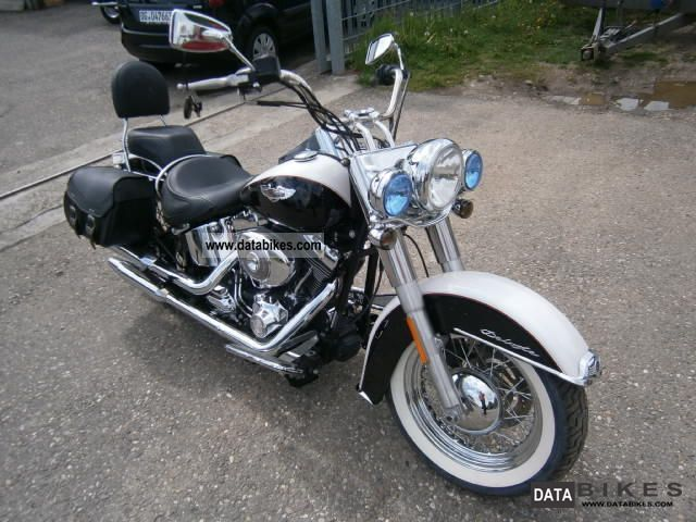 2009 Harley Davidson  Softail Deluxe Motorcycle Chopper/Cruiser photo