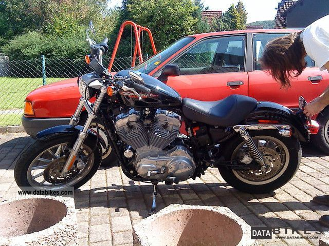 2004 Harley Davidson  Sportster 883 XL Standard Motorcycle Chopper/Cruiser photo