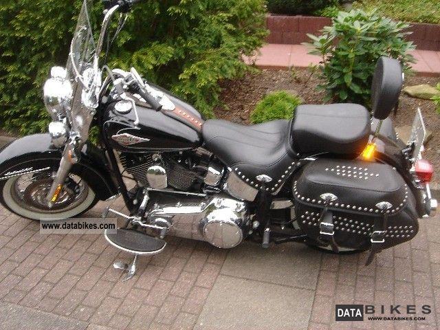 2010 Harley Davidson  FLSTC Heritage Softail Classic Motorcycle Chopper/Cruiser photo