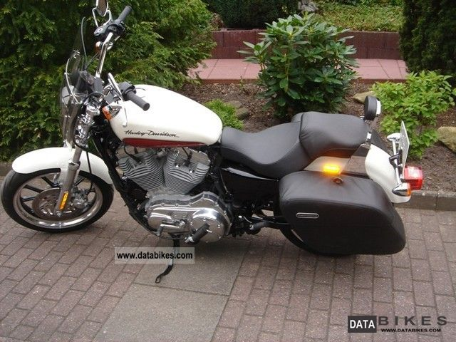 2011 Harley Davidson  XL 883L Super Low Motorcycle Chopper/Cruiser photo