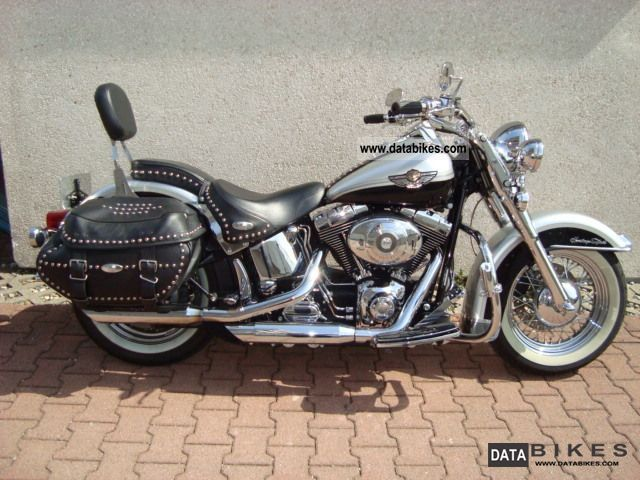 2004 Harley Davidson  Heritage Softail Chrome Anniversary Package Motorcycle Chopper/Cruiser photo