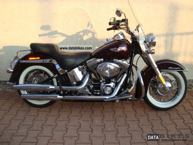 2005 Harley Davidson  Softail Deluxe Redpearl Injection Motorcycle Chopper/Cruiser photo