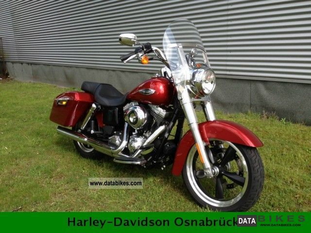 2011 Harley Davidson  FLD demo Dyna Switchback Bike Motorcycle Tourer photo
