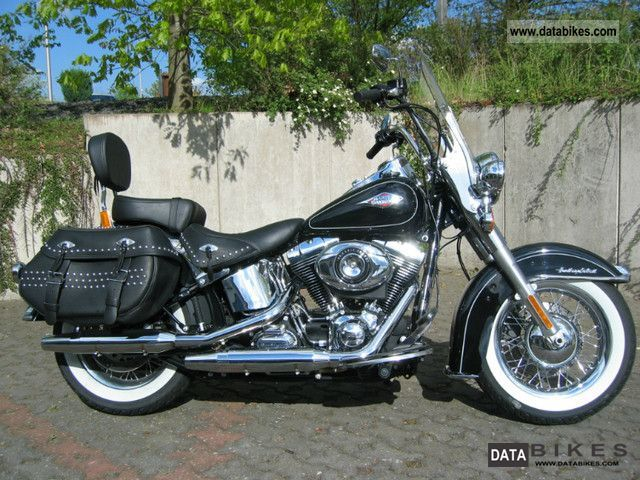 2011 Harley Davidson  FLSTC Heritage Softail Classic Motorcycle Chopper/Cruiser photo