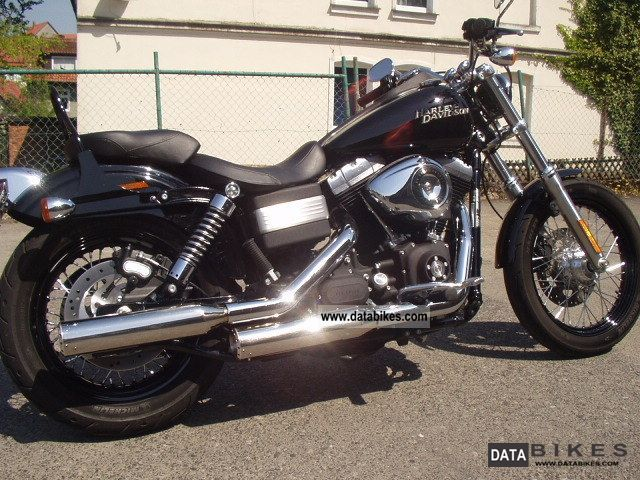 Harley Davidson  Dyna Street Bob 2011 Chopper/Cruiser photo