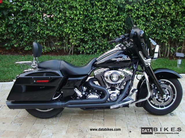 Harley Davidson Street Glide Race Tuner