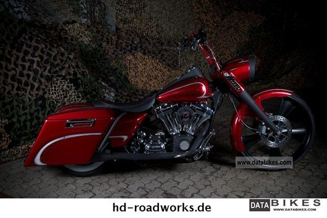 2008 Harley Davidson  Road King Custom SCC excavator Motorcycle Chopper/Cruiser photo