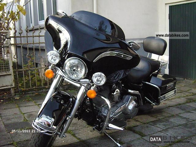 2007 Harley Davidson  Electra Glide FLHT Motorcycle Tourer photo