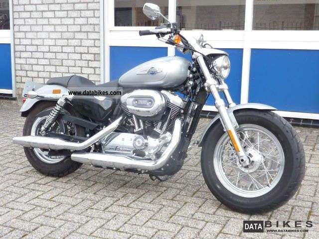 2011 Harley Davidson  XL1200C XL12 XL 1200 sportster custom Motorcycle Chopper/Cruiser photo