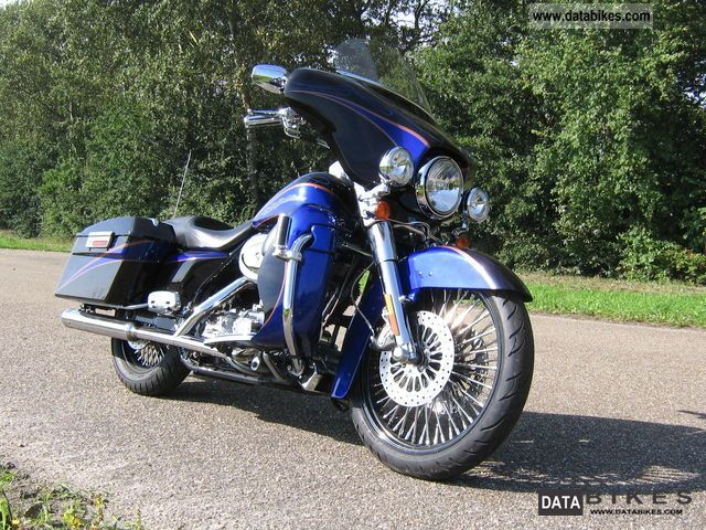 2004 Harley Davidson  CVO Electra Glide FLHTCSE Motorcycle Chopper/Cruiser photo