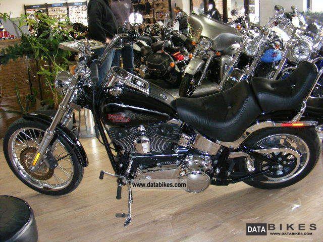 2006 Harley Davidson  FXSTC Softail Custom Motorcycle Chopper/Cruiser photo