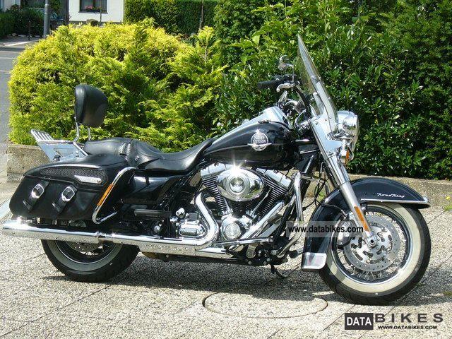 2010 Harley Davidson  Road King Motorcycle Chopper/Cruiser photo