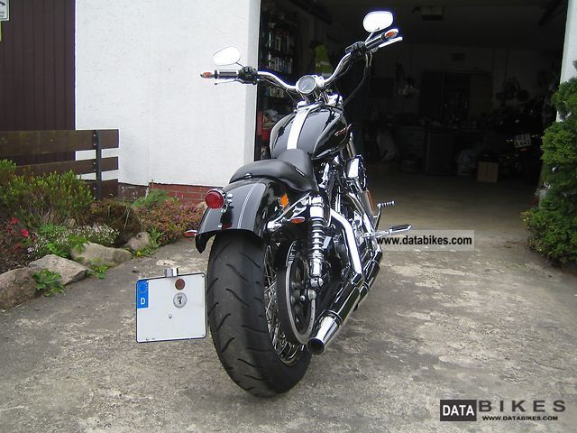 2006 Harley Davidson  XL 1200C Sportster Motorcycle Chopper/Cruiser photo