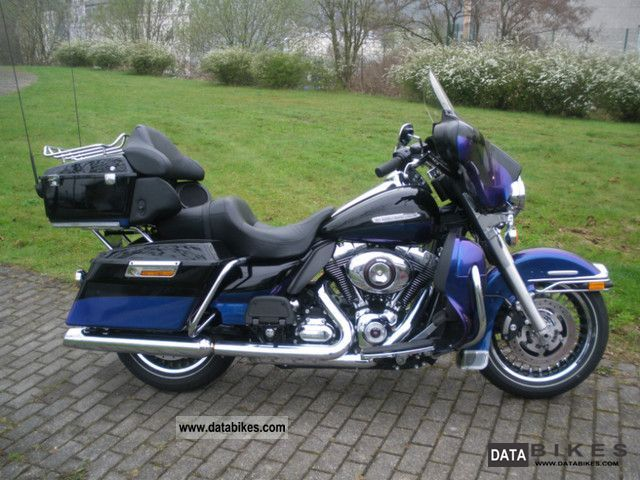 2009 Harley Davidson  -Later Ultra Classic Limited 103cui 2010 model Motorcycle Tourer photo