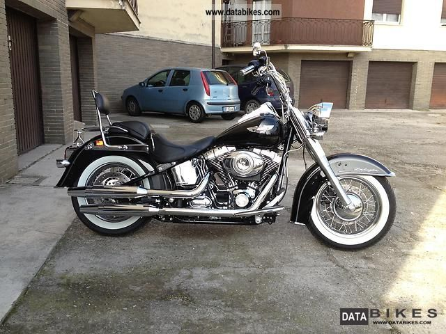 2010 Harley Davidson  Softail Deluxe Motorcycle Chopper/Cruiser photo