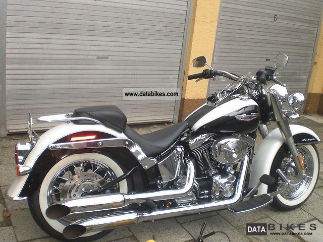 1994 Harley Davidson  Softtail Deluxe FLSTNI / FLSTN Mod 95 Motorcycle Chopper/Cruiser photo
