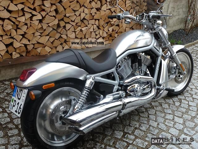 2002 Harley Davidson  VROD VRSCA Motorcycle Chopper/Cruiser photo
