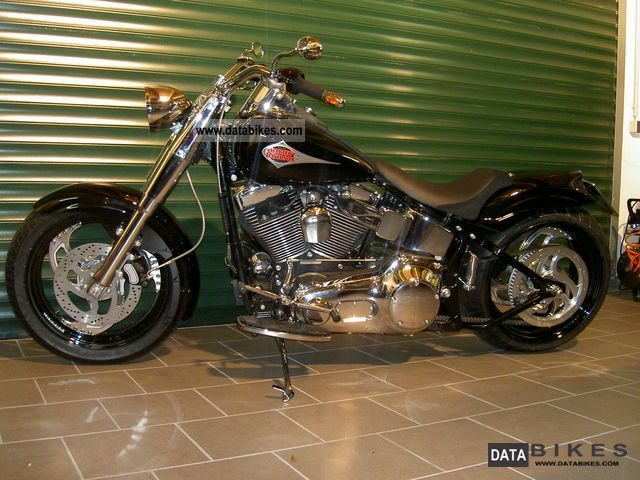 2000 Harley Davidson  Twin cam softail custom, possibly convertible exchange g Motorcycle Chopper/Cruiser photo