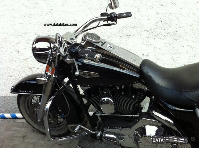 2001 Harley Davidson  Road King Classic Motorcycle Chopper/Cruiser photo