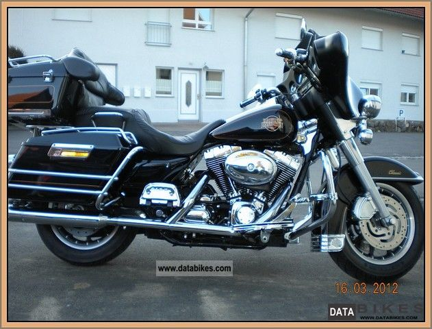 Harley Davidson  Electra Glide Ultra Classic w. lots of accessories 2002 Chopper/Cruiser photo