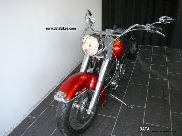 2004 Harley Davidson  Heritage Softail Classic FLSTCI Motorcycle Chopper/Cruiser photo