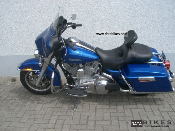 Harley Davidson  FLHT 2008 Tourer photo