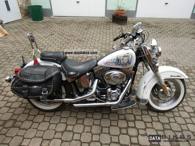 2004 Harley Davidson  FLSTC Heritage Softail Motorcycle Chopper/Cruiser photo