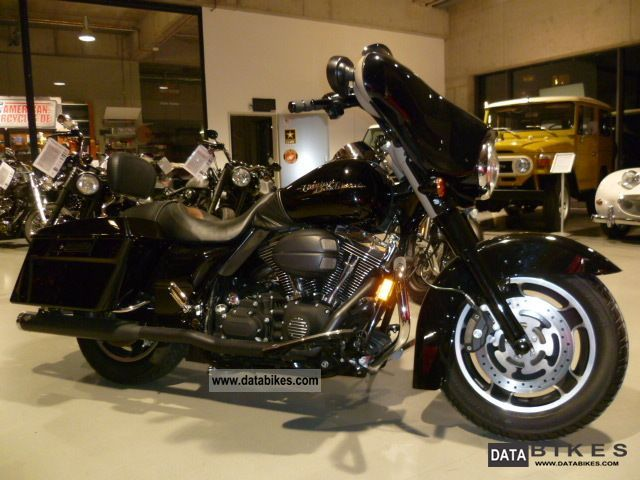 2008 Harley Davidson  FLHX Street Glide 105th Anniversary Dark Motorcycle Chopper/Cruiser photo