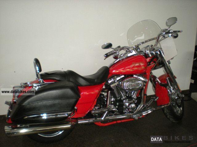 2007 Harley Davidson  FLHRSE CVO Road King Screamin Eagle 120 hp Motorcycle Tourer photo