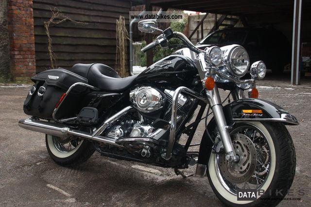 2006 Harley Davidson  FLHRC Road King Classic Motorcycle Chopper/Cruiser photo