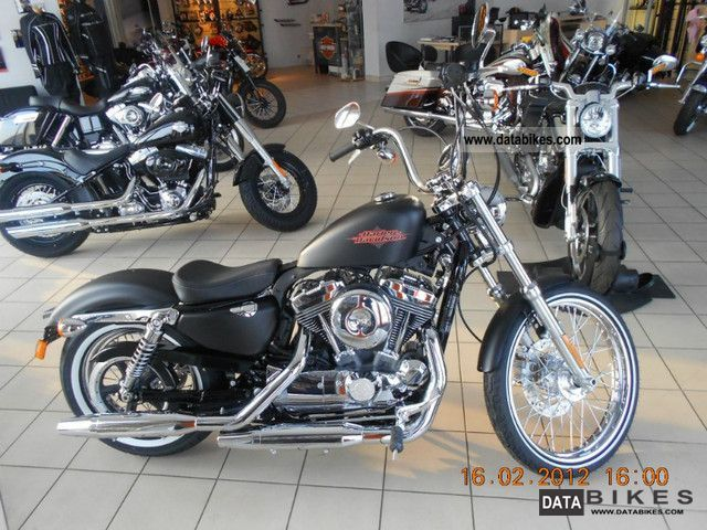 2011 Harley Davidson  XL1200V Sportetsr Seventy-Two Motorcycle Chopper/Cruiser photo