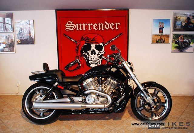 2010 Harley Davidson  VRSCF Muscel Motorcycle Chopper/Cruiser photo