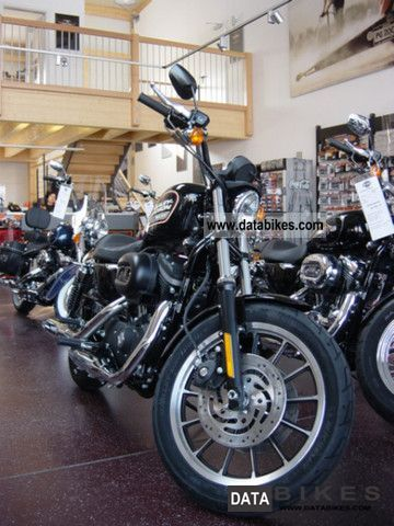 2011 Harley Davidson  Sportster 883R brand new car in 2012, Vivid, Black Motorcycle Sports/Super Sports Bike photo