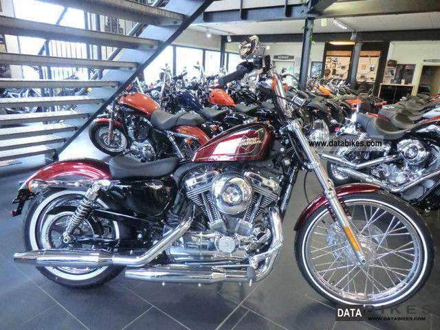 2011 Harley Davidson  XL 1200 SPORTSTER SEVENTY-TWO V + + + NEW + + + Motorcycle Chopper/Cruiser photo