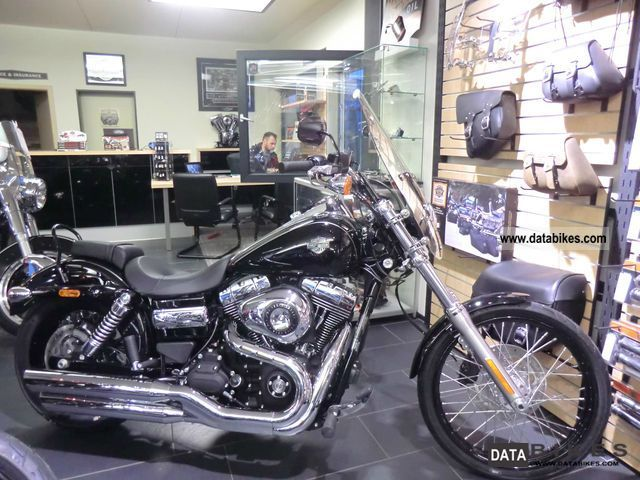 2011 Harley Davidson  FXDWG WIDE GLIDE ABS--2012 - Motorcycle Chopper/Cruiser photo
