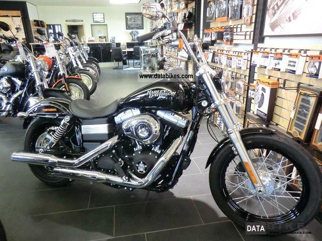 2011 Harley Davidson  FXDB STREET BOB + + + Model 2012 with ABS + + + Motorcycle Chopper/Cruiser photo